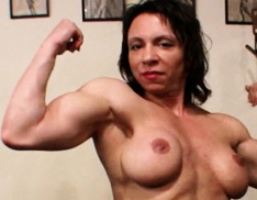 Female Muscle Cougars