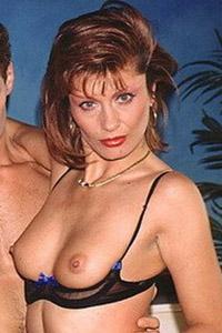 Laura Valerie