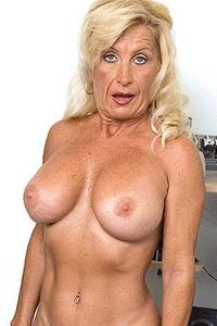 Julia Butt