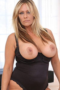 Alexis greco bambi allen crystal breeze in vintage porn 3