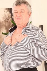 George Zaruba
