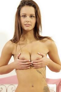Laura Costina