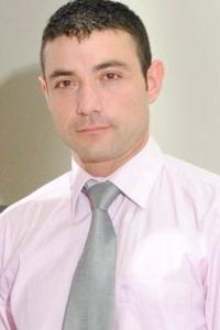 Manu Perronash