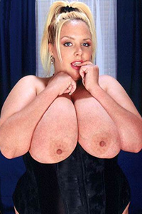 Kimmie Nipples