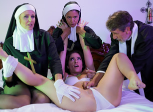 Ministry Of Evil Sc. 3: Threesome Nun Scena 3