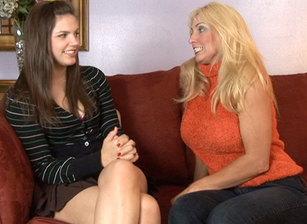 Lesbian Seductions #16 Scène 7