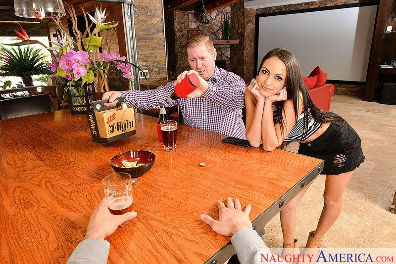 Naughty America - Sofi Ryan & Da