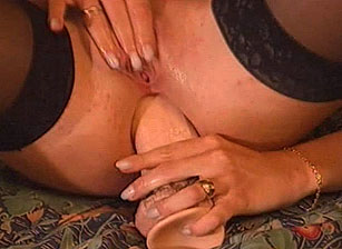 Sandy Insatiable Escena 6