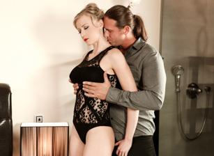 Sensual Love Escena 1