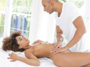 Silky Sex Massage Scène 1