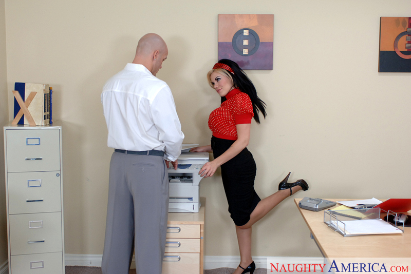 Naughty Office - Gia Paloma & De