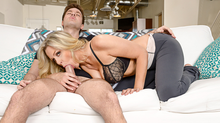 Naughty America - Julia Ann