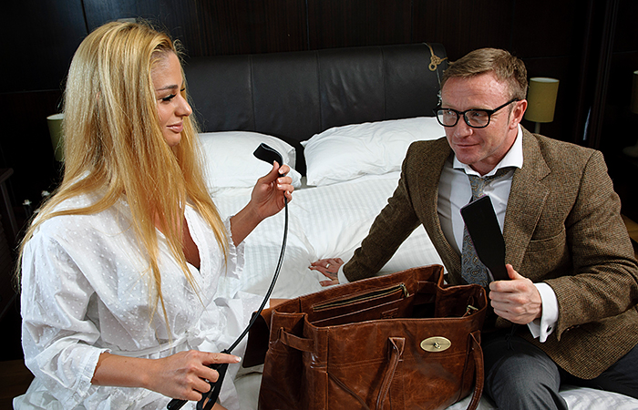 The Pleasure Professionals - Cha