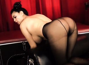 Tera In Her Black Pantyhose Scene