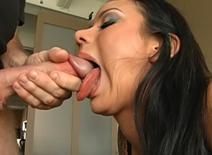 Throat Fucks Scène 13