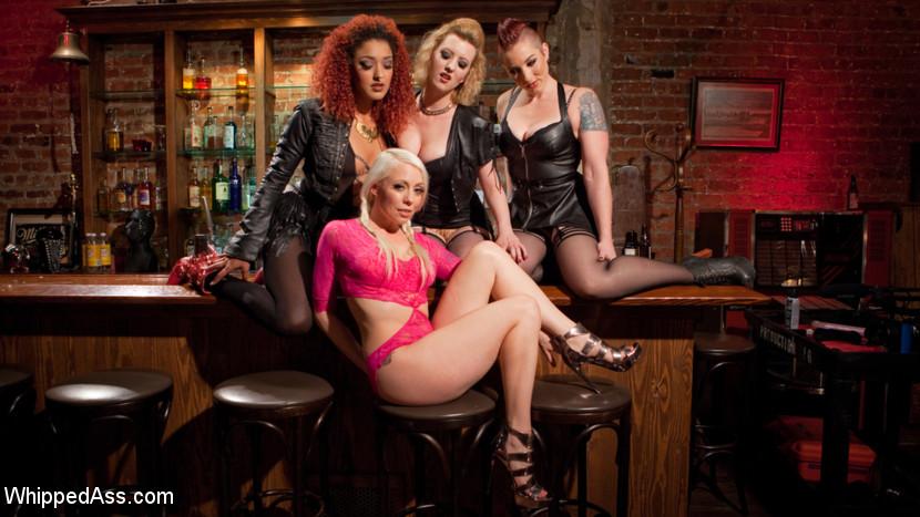 Dyke Bar 2: Lorelei Lee Devoured