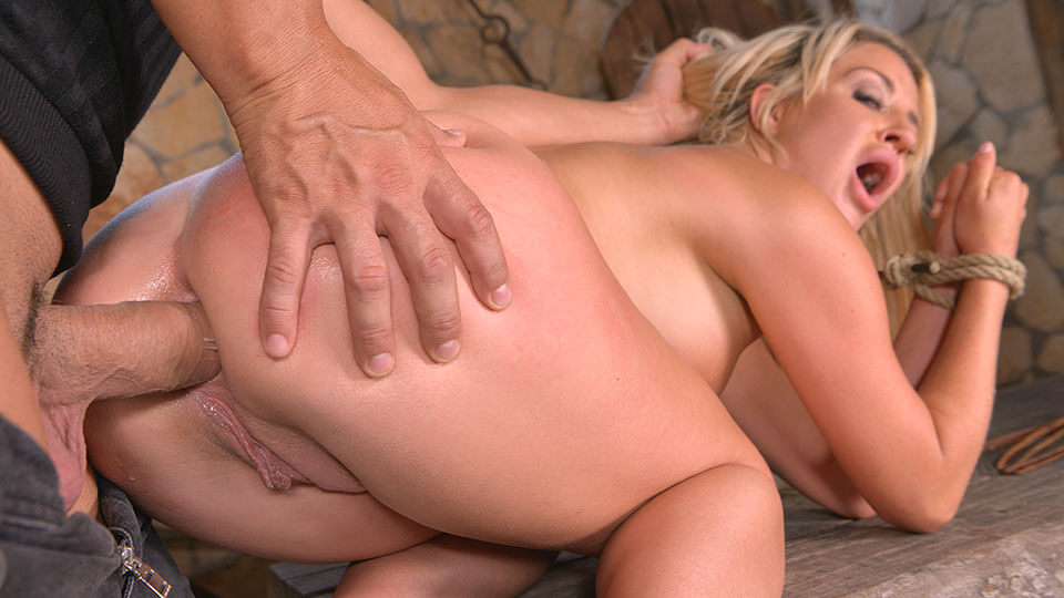 Ropes, Whip & Ass Fucking: Her T