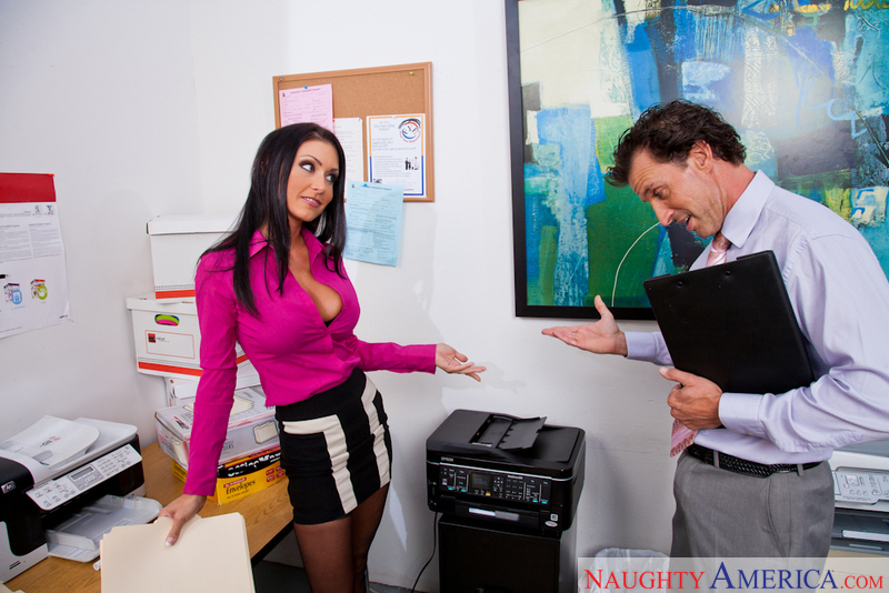 Naughty Office - Jessica Jaymes