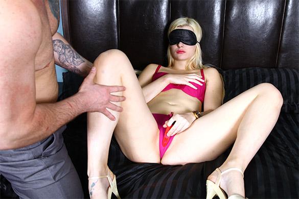 Angelic Young Slut Scène 4