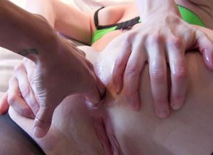 Lesbian Anal POV #05 Scena 1