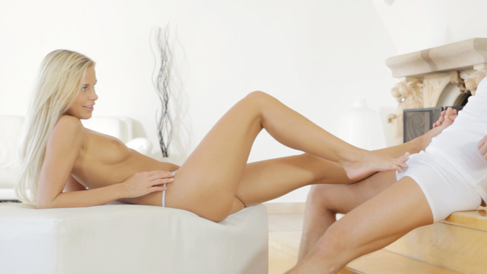 Nubile Films - Blonde Bombshell