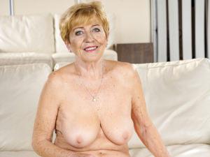Granny's Treats Scène 1