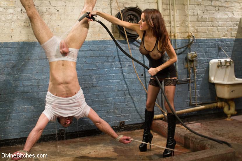 Sex and Cruelty Scène 1