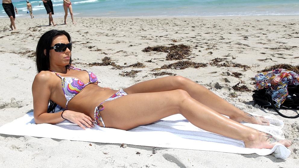 Rachel Starr Beachside Booty