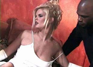 Hot Blonde Bitches 03 Escena 13