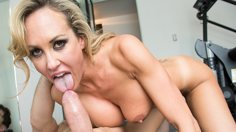 Brandi Love Blonde MILF Gets Fuc