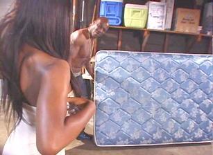 Black Sluts #04 Scène 4