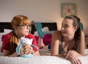 Little College Lesbians Scène 1