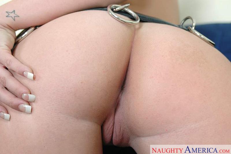 Ass Masterpiece - Lindsay Kay &