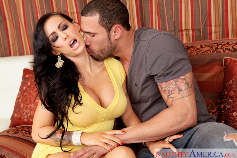 Neighbor Affair - Jenna Presley