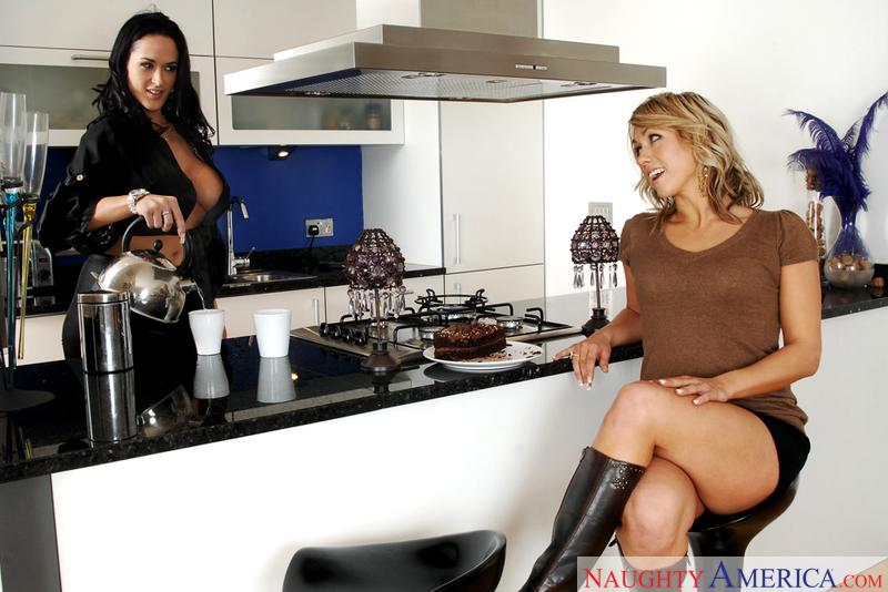 Neighbor Affair - Carmella Bing