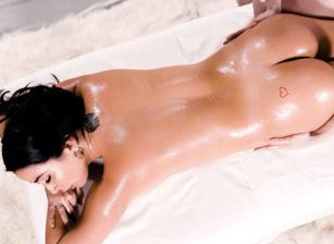 Sensual Yoni Massage Scène 1