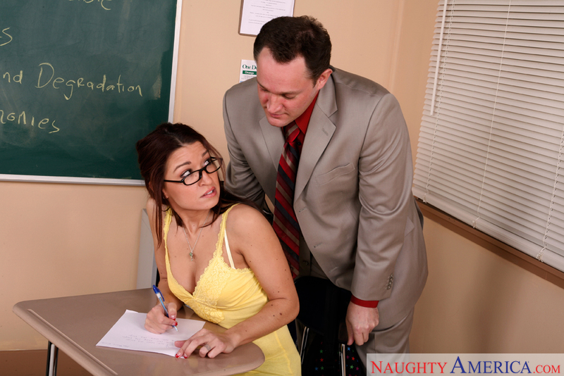 Naughty Bookworms - Ann Marie Ri