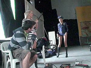 Backstage of Jail fail Scène 1