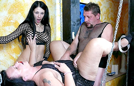 Petra's Hot Threesome Scène 1