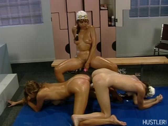 Nicole Lace - Butt Detective