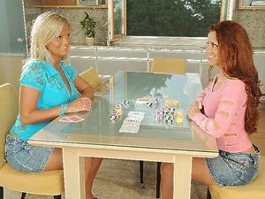 Lesbian Gamblers Scène 1