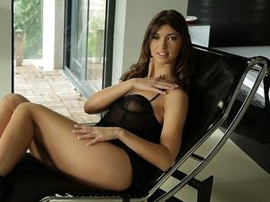 Cock-addict Susan Scène 1