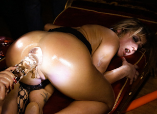 Sheena Shaw Wide Open Scena 3