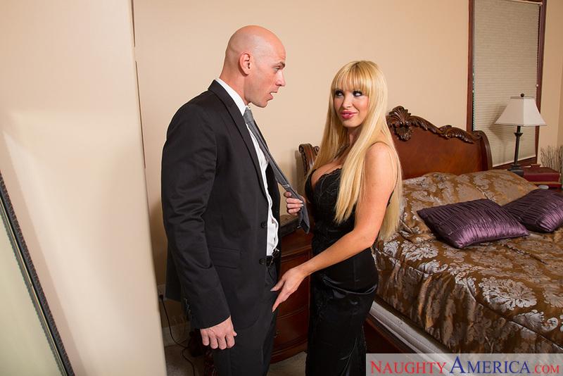 My Dad's Hot Girlfriend - Nikki
