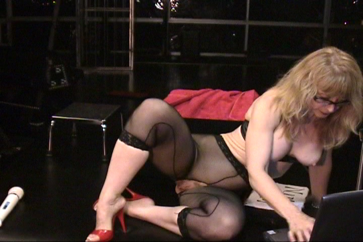 Nina Hartley Solo 5