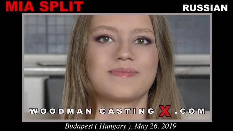 Mia Split casting