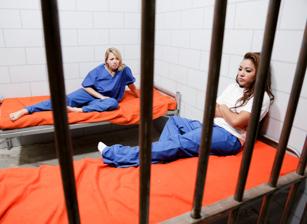 Prison Lesbians #03 Scène 4