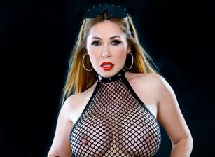 Busty Asian MILF Kianna Dior Ser