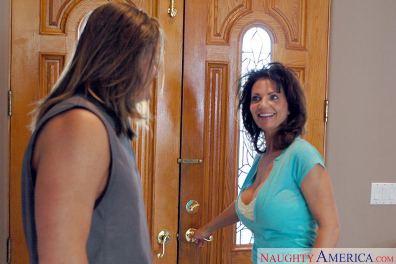 Diary of a Milf - Deauxma & Alex