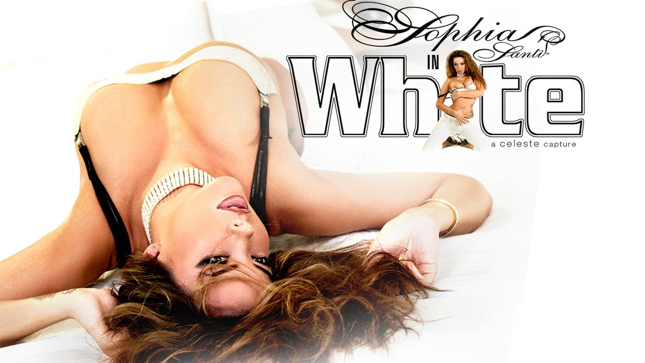 Sophia Santi in White Scène 1